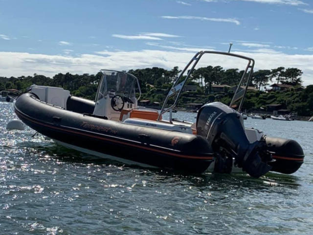 Location bateau capelli 770 adopte 1 bateau